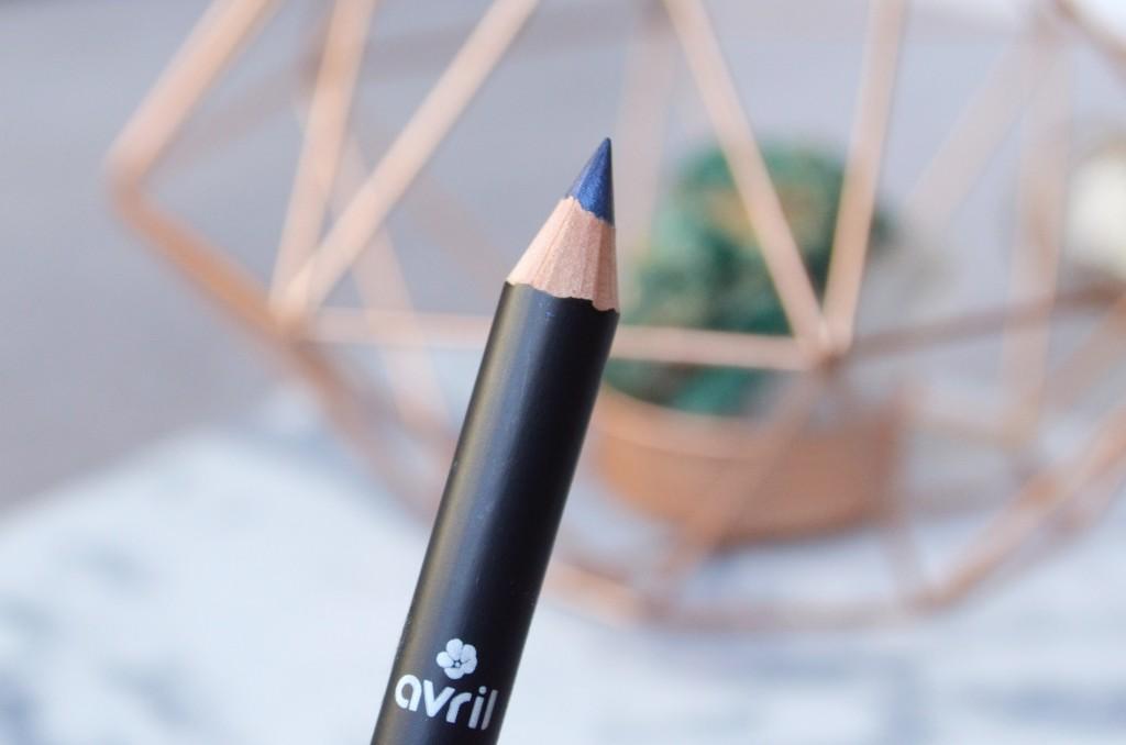 crayon_bleu_nuit_avril