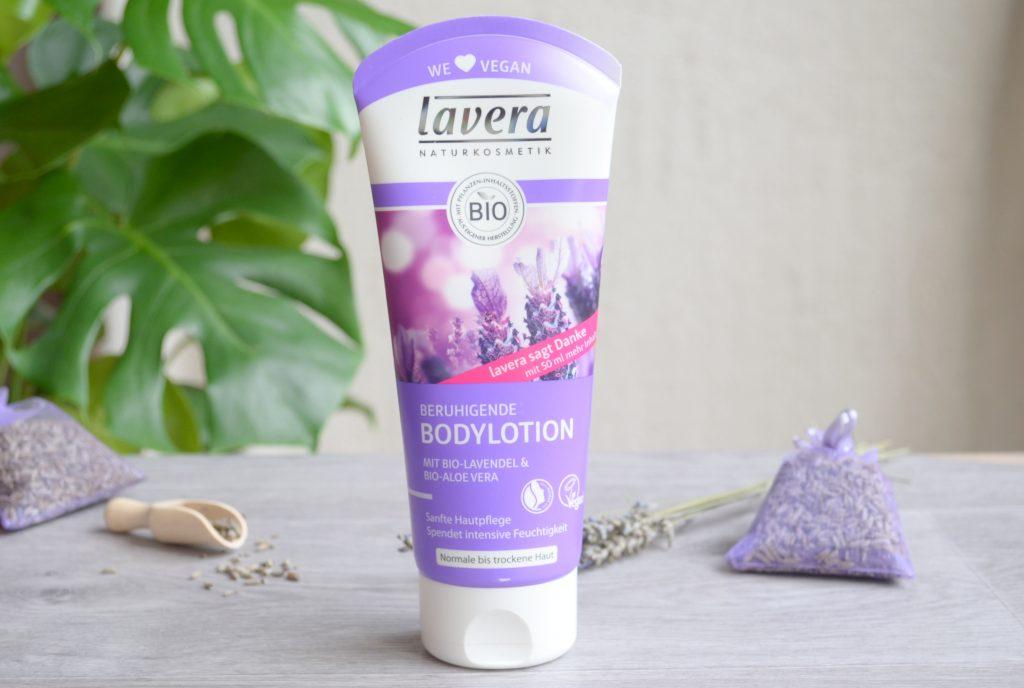 Lait corps et gel douche à la lavande de Lavera