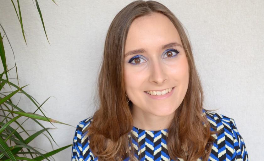 Maquillage bleu navy pour le Monday Shadow Challenge