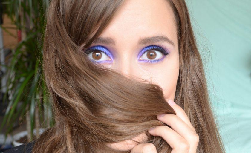 Maquillage violet électrique pour le Monday Shadow Challenge