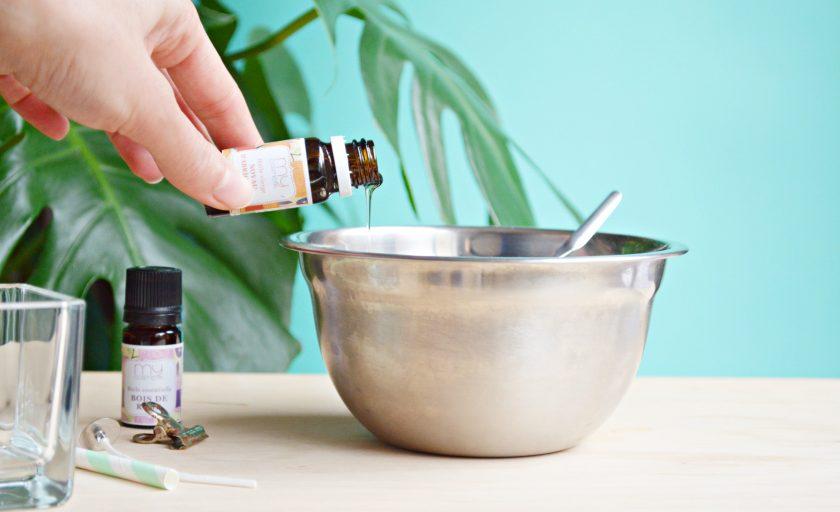 Bougie de massage à l'huile essentielle de bois de hô