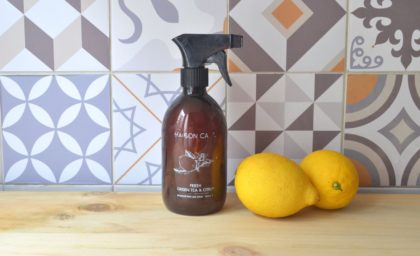 Spray nettoyant multi-usage maison aux agrumes
